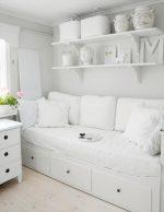 Белые гостиные фото – глянцевая в интерьере, дизайн и фото в зале, корпусная черно-белая, недорогой лак из Белоруссии
