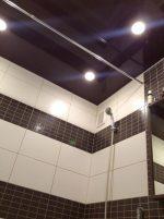 Черный глянцевый потолок в ванной – Глянцевый потолок в ванной — глянцевый потолок в ванной фото — запись пользователя Евгения (mamagoshi) в сообществе Дизайн интерьера в категории Всё о полах , стенах, потолках и материалах для них