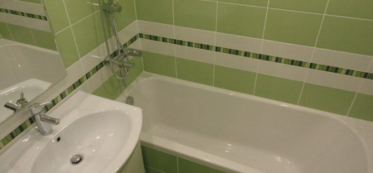 Дизайн ванной комнаты бюджетный фото – недорогой в комнате, дешевый своими руками, фото вариантов, чем обклеить маленькую