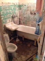 Душевая кабина в хрущевке – Планировка маленькой ванной комнаты, ванная в хрущевке, расстановка сантехники в маленкой ванной, небольшой санузел сантехника, ремонт в санузле
