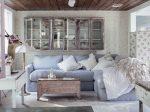 Гостиная с камином в стиле прованс – дизайн интерьера маленького зала, оформление с элементами «классики», современные примеры ремонта