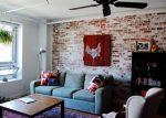 Интерьер гостиной с кирпичом – фото вариантов дизайна гостиной, спальни, кухни с отделкой декоративным кирпичом, советы по декору, подбору цвета