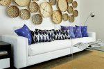 Как оформить стену в комнате красиво – Как украсить пустую стену — оформление и заполнение стены в комнате. Советы дизайнера интерьеров.