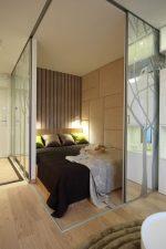Как спрятать кровать в однокомнатной квартире – Спальня в однокомнатной квартире — 100 фото стильно и современного дизайна