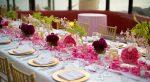 Как украсить стол кухонный – Красивая сервировка праздничного стола: фото, идеи праздничной сервировки стола