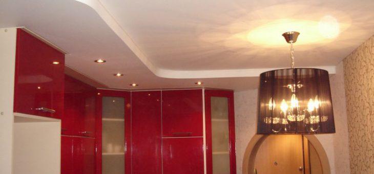 Какой натяжной потолок лучше сделать в ванной матовый или глянцевый – Какой натяжной потолок выбрать для ванной комнаты? Глянцевый, матовый или сатиновый? Формы, фактура, материал натяжных потолков. | «Ваннаправда.ру»