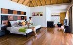 Карнизы для спальни фото – дизайн занавески, модные красивые портьеры в белую спальню в стиле «Прованс», двойные светлые шторы