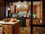 Кухни в старинном стиле фото – фото мебели, современный и старинный дизайн интерьера кухни в старорусском стиле, народный деревенский стиль