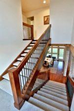 П образные – деревянные конструкции с забежными ступенями на 180 градусов, расчет оптимального подъема на второй этаж, размеры для частного дома