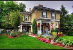 Палисадник возле дома – виды и особенности, подходящие растения, важные нюансы самостоятельного обустройства, идеи, этапы оформления