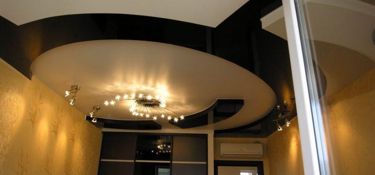 Подвесные потолки дизайн – Натяжные потолки — 150 фото идей дизайна потолка для гостиной, кухни и спальни