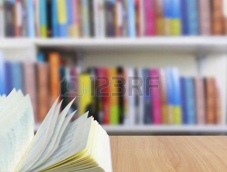 Полка книжная фото – книжная полка Фотографии, картинки, изображения и сток-фотография без роялти
