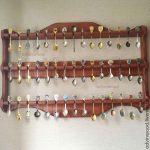 Полки для коллекции – Деревянная полка витрина для коллекции ложек – купить в интернет-магазине на Ярмарке Мастеров с доставкой — CNDUBRU