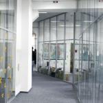 Раздвижная зеркальная перегородка – Система раздвижных зеркальных перегородок — Офисные перегородки — Комбинированные перегородки