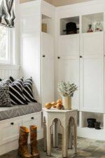 Шкаф в прихожую угловой фото – малогабаритные варианты в маленький коридор, идеи дизайна и необычные новинки, полки и вешалки, модульная мебель