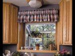 Шторы на кухню маленькое окно