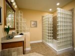 Стеклянные блоки фото в интерьере – Стеклоблоки в интерьере квартиры. Стеклоблоки в интерьере ванной комнаты