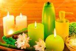 Ванна со свечами фото – Концепция продуктов зеленый спа ванна с зажженными свечами– Стоковое изображение