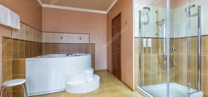 Ванная комната дизайн с джакузи фото – дизайн ванной комнаты с джакузи. Интерьер ванной комнаты с джакузи и душем — Стоковое фото © rilueda #83010844