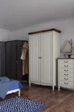 Встраиваемые шкафы в спальню – встраиваемые радиусные для одежды, прикроватные, навесные и другие варианты, большой платяной шифоньер